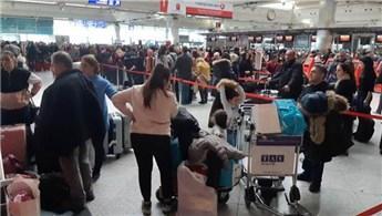 Atatürk Havalimanı kilitlendi!