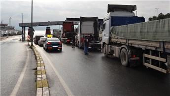 Osmangazi Köprüsü'ne yapılan zam feribota olan ilgiyi artırdı