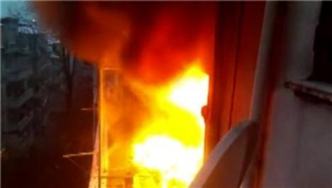 Şişli'de 6 katlı binada yangın!