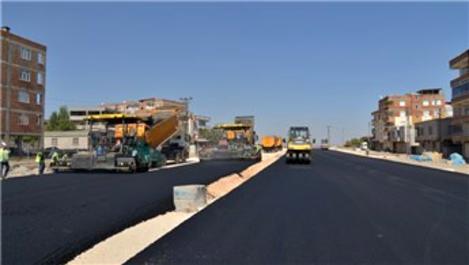 Diyarbakır'da yollara 1 milyon 250 bin ton sıcak asfalt döküldü!