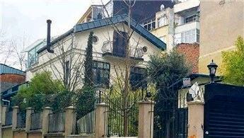 Gökhan Özoğuz, tarihi köşkünü 5,5 milyon liraya satıyor!