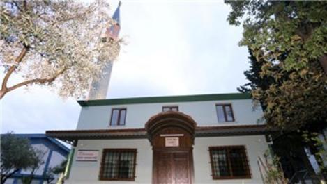 Antalya'daki Dokuma Fabrikası Camisi yeniden ibadete açıldı