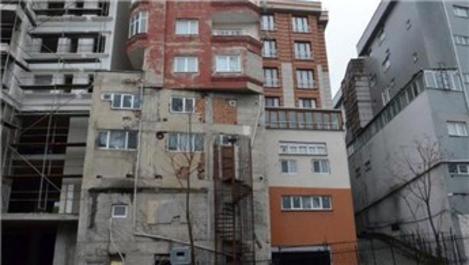 Bağcılar'ın görüntüsüyle şaşkına çeviren binası!