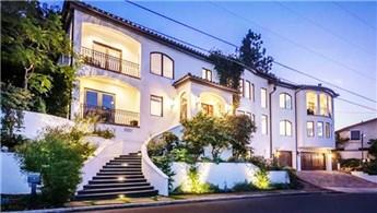 Vanessa Hudgens Los Angeles'taki malikanesini satıyor