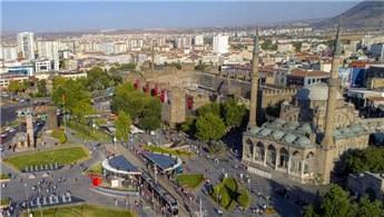 Kayseri'de 5 milyon TL'ye satılık akaryakıt istasyonu