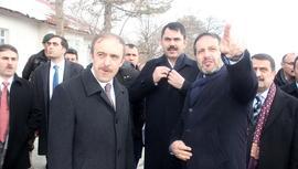 Murat Kurum, Hakkari'de millet bahçesi yapılacak alanı inceledi