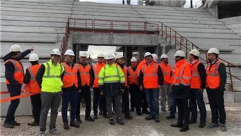 TOKİ Başkan Yardımcısı Göztepe Stadı'nı ziyaret etti