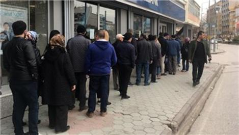 Eskişehir'de TOKİ konutları için kuyruk oluştu!