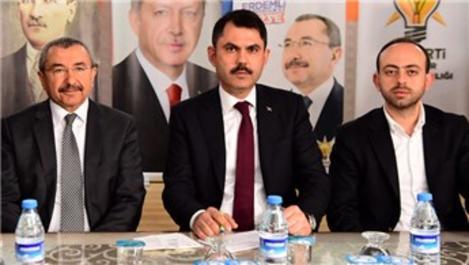 Bakan Kurum, Ataşehir'de imar bilgilendirme toplantısına katıldı