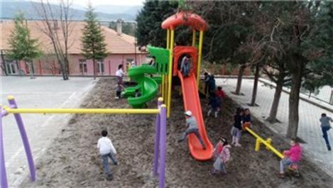 Amasya İl Özel İdaresi, 30 köy okuluna çocuk parkı kuracak