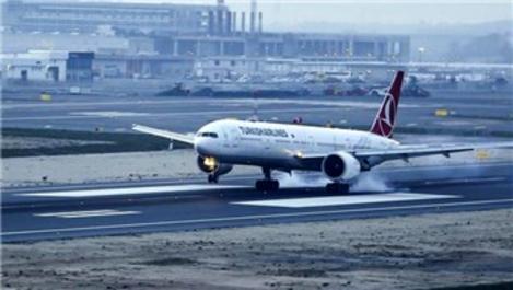 THY uçakları İstanbul Havalimanı'na inmeye başladı