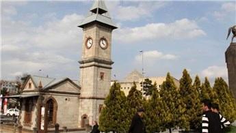 Kayseri'deki tarihi saat kulesi 113 yıldır ayakta