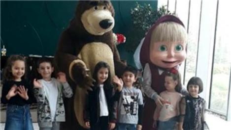 Maşa ile Koca Ayı, Kordon İstanbul'da çocuklarla bir araya geldi