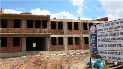 Ebru Yaşar, Diyarbakır'da yaptırdığı okulun açılışına katılacak