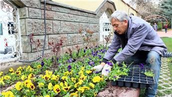 Atatürk Botanik Parkı'nda bahar hazırlıkları tamamlandı
