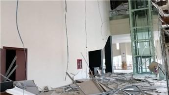 Gaziantep'te kültür merkezinde asma tavan çöktü