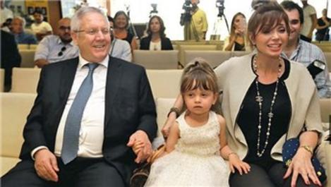 Aziz Yıldırım'ın eşi boşanırken Londra ile İstanbul'dan ev istedi