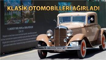 Cer İstanbul, klasik otomobillere ev sahipliği yaptı