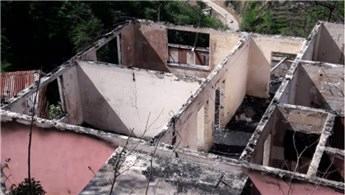 Trabzon'da yangın bir evi kül etti