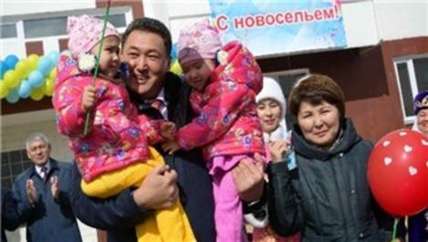 Kazakistan'da çok çocuklu ailelere ev desteği!