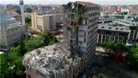 Bahçelievler'de yıkılan 11 katlı binanın enkazı görüntülendi
