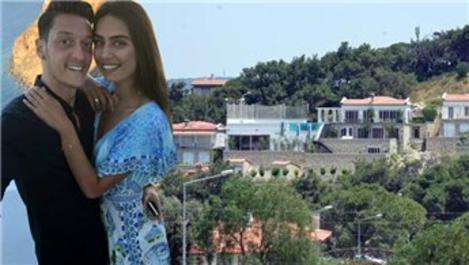 Mesut Özdil, Çeşme'de 2 katlı süper lüks villa yaptırdı!