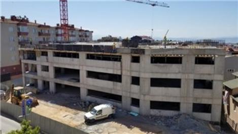 Gebze'deki 7 katlı otopark inşaatı devam ediyor