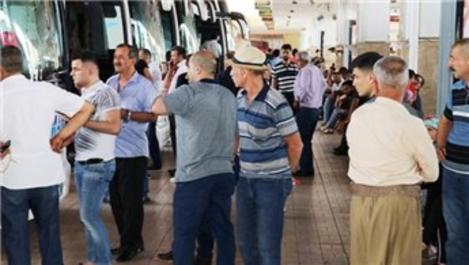 Otogar ve havalimanlarında seçim yoğunluğu!