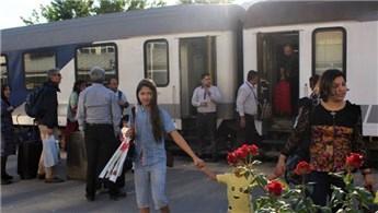 Tahran-Van yolcu tren seferi tekrar başladı