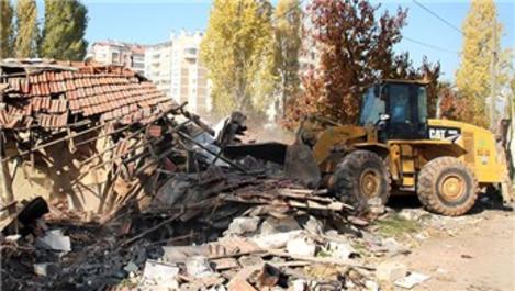 Çankaya'da 6 ayda 69 yıkım gerçekleştirildi