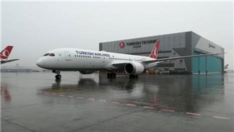 THY, ikinci Dreamliner uçağını teslim aldı!