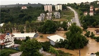 Düzce'yi sel vurdu: 51 kişi helikopterle kurtarıldı