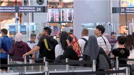 İstanbul Havalimanı'nda bayram yoğunluğu başladı