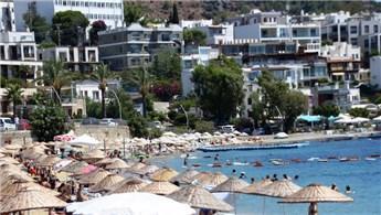 Turistik bölgelerde bayram yoğunluğu devam ediyor