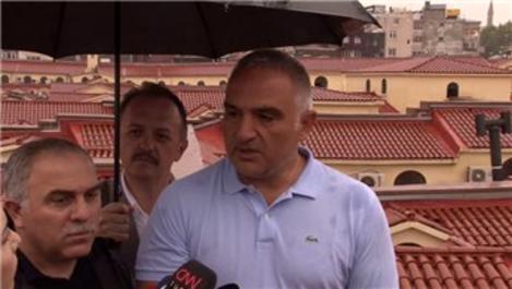 Bakan Ersoy'dan Kapalıçarşı'da aşırı yağış açıklaması