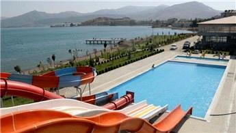 Bitlis'in ilk aquaparkı Tatvan'da açılacak