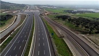 İstanbul-İzmir otoyolundan bayramda 1.7 milyon araç geçti!