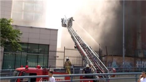 Özel Gaziosmanpaşa Hastanesi'nde yangın paniği!