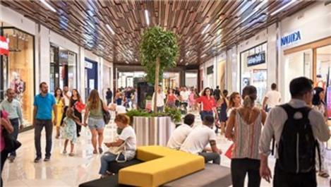 Metropol İstanbul AVM'ye ilk günde 80 bin ziyaretçi
