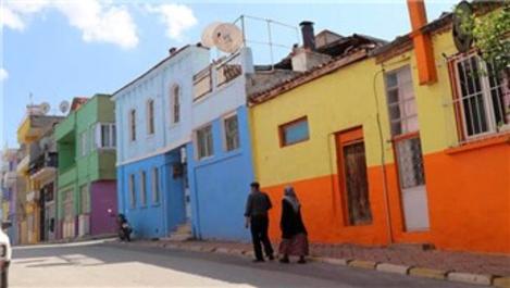 Babadağ'daki renkli evler doğal stüdyo oldu!