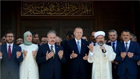 Başkan Erdoğan, Abdülhakim Sancak Camisi'nin açılışına katıldı