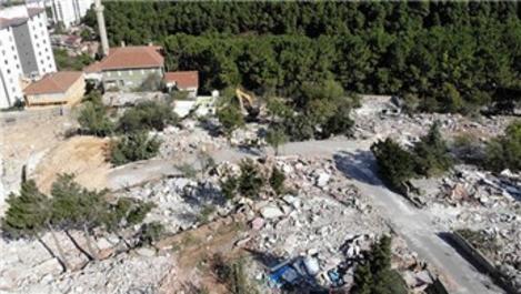 Kartal'daki metruk binaların yıkımına başlandı