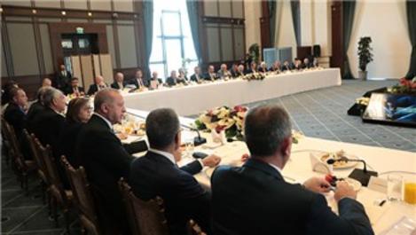 Başkan Erdoğan, büyükşehir belediye başkanları ile buluştu