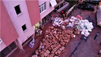 Maltepe'de kolonlarında çatlaklar olan bina mühürlendi