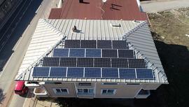 Evine güneş paneli kurdu, elektrik üretip satıyor!