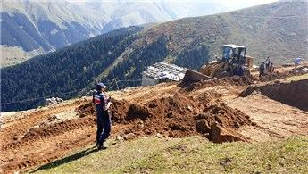 Yaylada kaçak inşaat başlamadan durduruldu