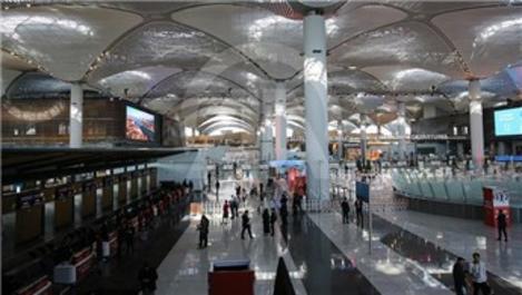 İstanbul Havalimanı yaz yolcusunda AHL'yi geçti