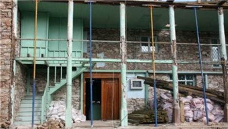 Denizli'deki 119 yıllık Sarıabat Camisi'nin restorasyonu başladı