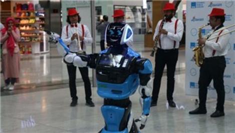 Sabiha Gökçen Havalimanı'nda 'Aerobot' dönemi!