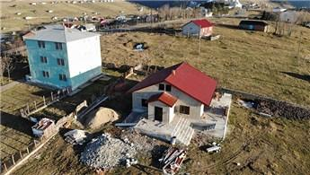 Trabzon'da devletin yıktığı kaçak evi, sahibi yeniden yaptı